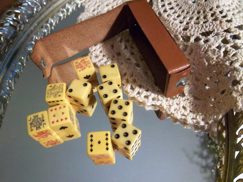 antique bakelite poker dice