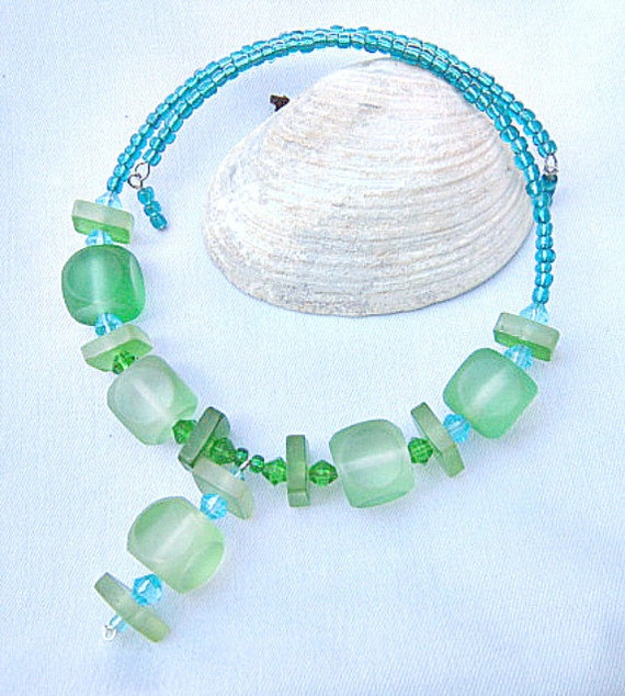Green Necklace, Emerald & Lime Green Beads on Memory Wire  ID 264