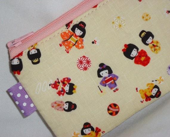 Kawaii Little Girls Zippered Pouch --- Yellow Camera Bag / Coin Pouch /iPhone Case