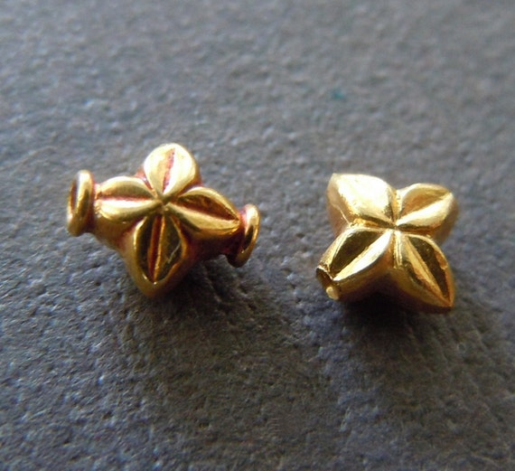 Pure 18k Gold Star Beads