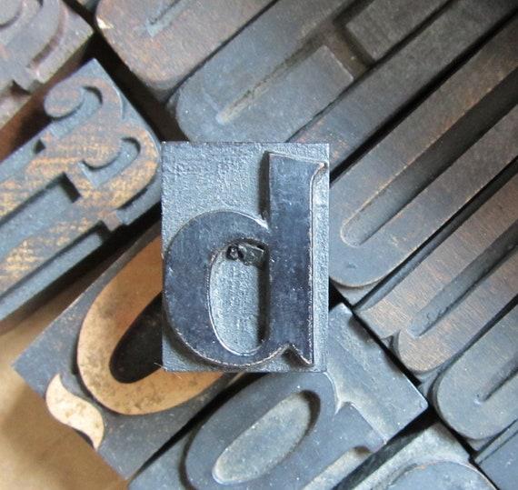 Antique Letterpress Wood Type Printers Block Letter B / Lower case D