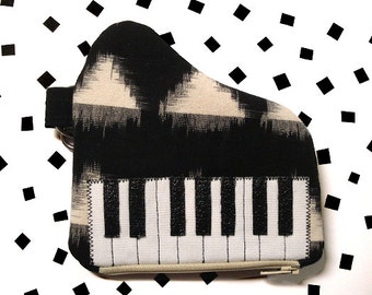The Baby Grand- Black & Off-White Piano Pouch w/Hand Strap