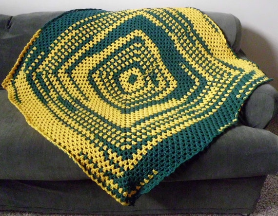 Green Bay Packers/YELLOW GOLD/GREEN afghan/blanket/throw/lapghan
