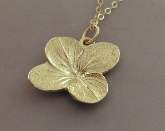 Hydrangea Flower Necklace in 14k Yellow Gold - Last Minute Gift