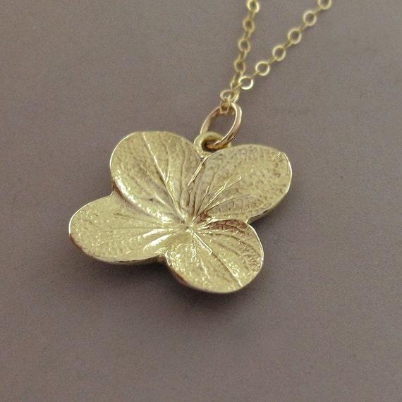 Hydrangea Flower Necklace in 14k Yellow Gold - Last Minute Gift