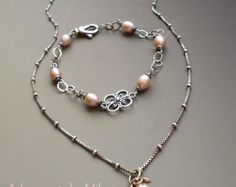 Champagne Pink Pearl Necklace & Bracelet Matching Set Bridesmaid Wedding Jewelry