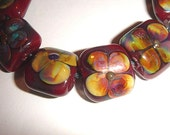 Connie Beads... Crimson and Clover...10 beads