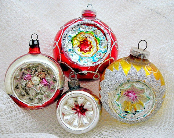 4 glass christmas vintage indent ornaments 1950 39 s Vintage glass christmas tree ornaments