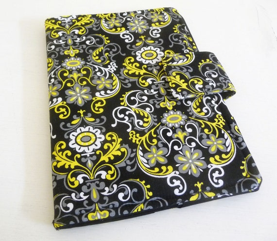 Kindle Touch, Kobo Cover - Black and Yellow Floral Scrolls