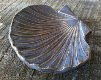 Handmade Ceramic Seashell Catch All Bowl Jewelry Holder Soap Dish Ring Holder Ring Bowl Ring Dish Beach Decor Seashell Bowl
