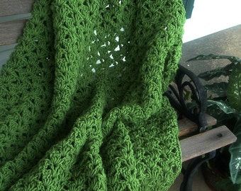 HAND CROCHETED DECORATIVE Afghan Throw Tea Leaf Green