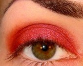 Climax Mineral makeup Eyeshadow Nom de Plume collection (Red w/ pink & red duochrome shimmer) Eye shadow