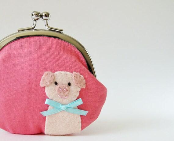 Coin purse Piggy on Coral