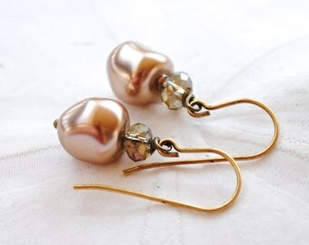 Sand Pearl Earrings. Edisto Collection. Bridesmaids Earrings.