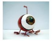 Eyeball Gourd & Wire Creature Desktop Pal alien BROWN eyed red pink magenta weird miniature
