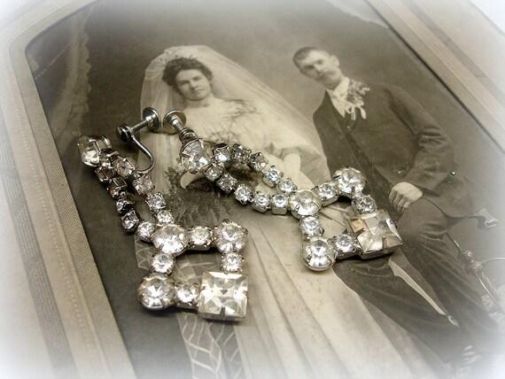 vintage rhineStone earrings . prong set screw backs