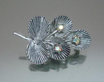 Vintage Ribbed Leaves Rhinestone Pin