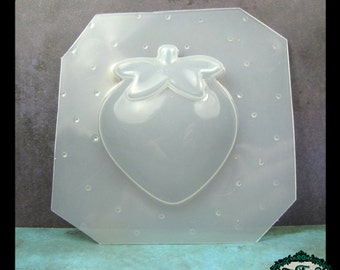 Flexible Plastic Resin Mold LARGE STRAWBERRY