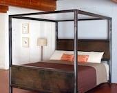 Kraftig Canopy Bed
