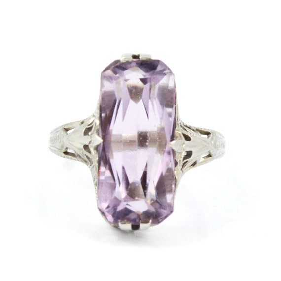 14K Antique Art Deco 1920s Lavender Amethyst Filigree Ring