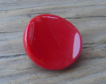 Vintage Cherry Red Glass Button. 1970s. 23 mm.