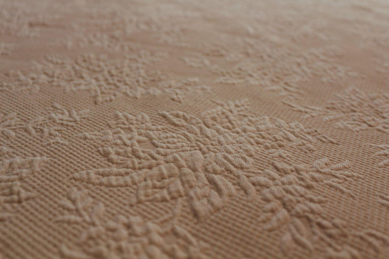 vintage matelasse coverlet beige cream scallop edge