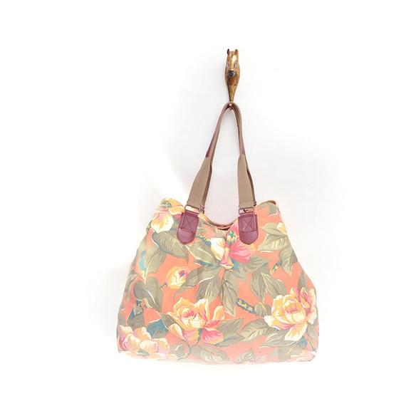 large vintage floral duffle bag by Gap