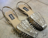 15 DOLLAR SALE Vintage Vaneli Woven Pewter Leather Ankle Strap Sandals Size 9