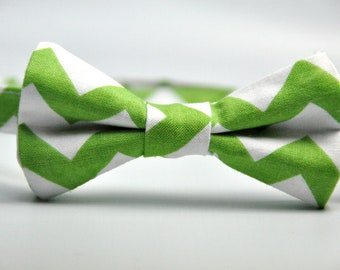 Boy's Bow Tie Green and White Chevron Bowtie