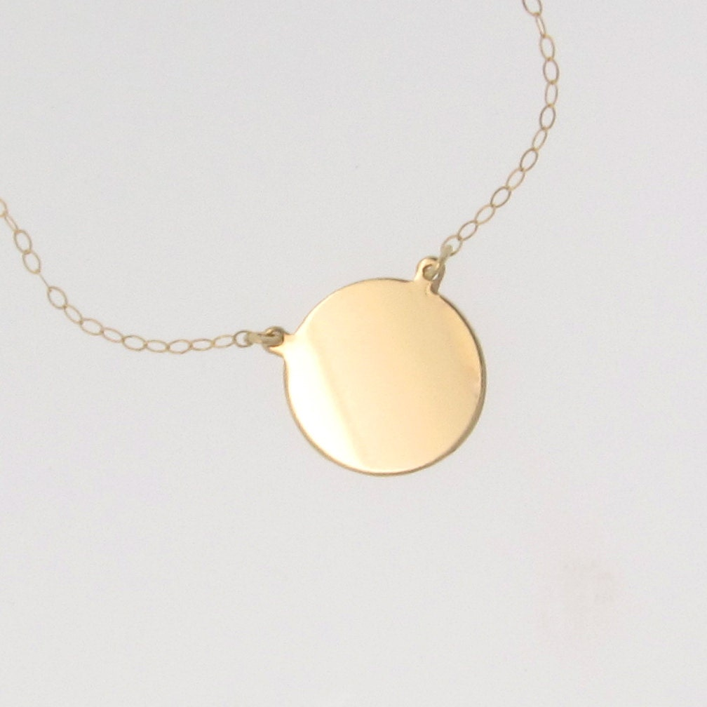 Gold Diamond Circle Pendant Necklace