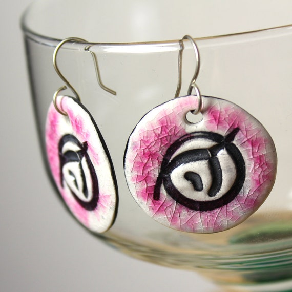Invisible Pink Unicorn Earrings in Pink Crackle