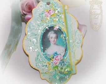 Madame de Pompadour Letters of Passionnante Die Cut, Gilded Edge Tags, Favors, Enclosures Set of 6