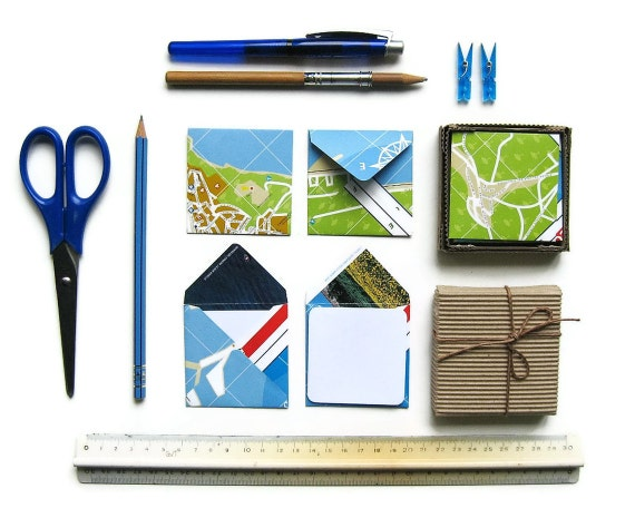 Mini Stationery Set: 12 Map Envelopes with 12 White Cards
