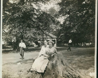 vintage photo 1912 Taking a Break from Baseball COuple in Park