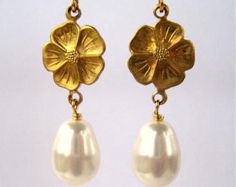 Golden Flower Wedding Clip On Earrings, Pearl Teardrop, Gold Ear Clips, Dogwood Bridal Clipons