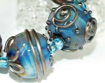 Blue and metallic 18mm round Handmade lampwork glass beads SRA set of 6, Lampwork Beads, glass beads, jewelry supplies, artisan glass beads