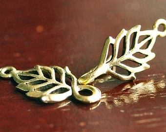 Antique Gold Plated Pewter Open Leaf Hook and Eye Clasp Set : 2 Sets
