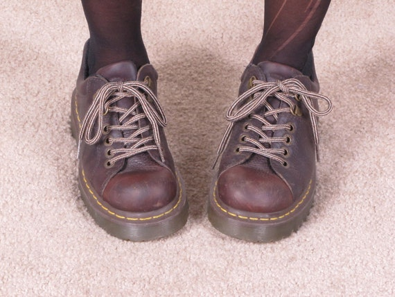 vintage DoC MaRTeN 90s grunge brown lace up air cushion sole made in england uk 5 usa 7 1/2