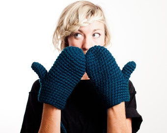 Chunky Mittens With String Through Sleeves Crochet
