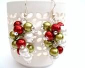 Christmas Pearl Cluster Earrings, Red, White and Green Pearl Earrings, Beaded Earrings, Custom Colours, Dangle Earrings, Christmas Theme