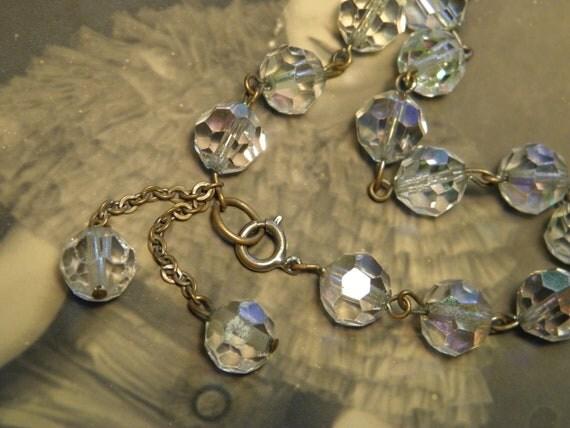 SALE 9.50 Vintage Crystal Bead Bracelet