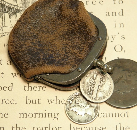 Vintage Leather Coin or Change Purse