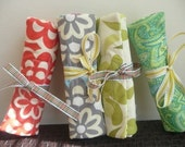 Gift Under 25 - Bridesmaid, Hostess, Birthday gift - Quilted Travel Jewelry Roll Organizer Wallet