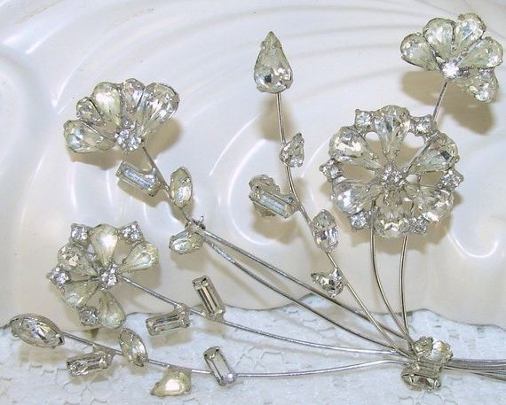 Vintage Brooch Rhinestone Large Flower Bouquet Bridal Wedding Formal Jewelry Floral