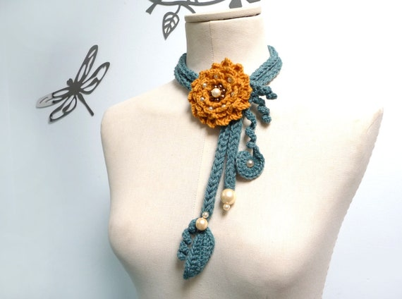 Crochet Lariat Necklace - Green Leaves and Yellow Flowers with Glass Pearls - LITTLE PEONY