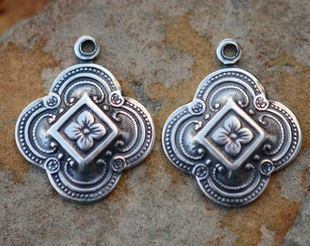 Trinity Brass Fancy Clover Drops 15x15mm - Antique Silver Pick Your Own Bulk Price