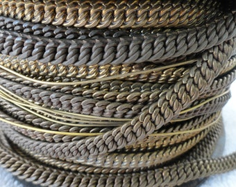 3 Feet 9 Inches of Vintage Brass Band/Chain, Lots of Patina, 7mm Width