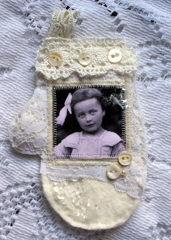 Savannah Sparkles Shabby HANDMADE Mitten Ornament
