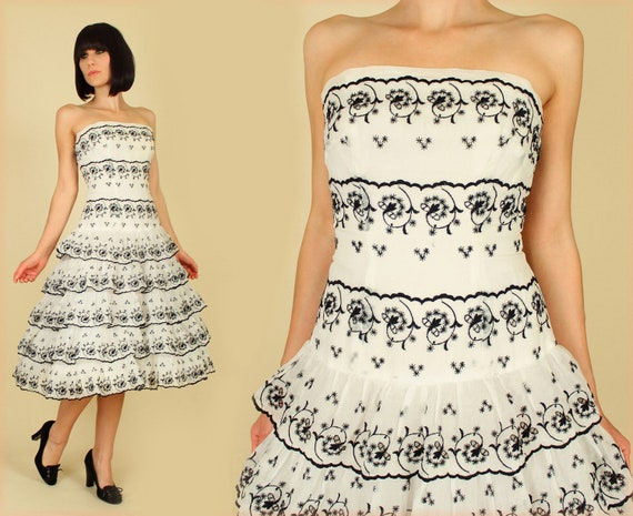ViNtAgE 50's Emma Domb Embroidered Drop Waist Tiered Floral Tulle Party Dress