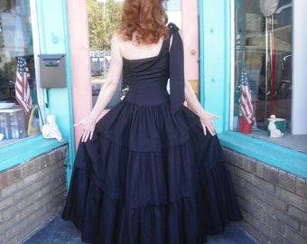 1940s Vintage Dress Fabulous Black Gown Dress in Black Taffeta One Shoulder Cotillion Orig Label Red Carpet Worthy 34 Bust 24 Waist WOW
